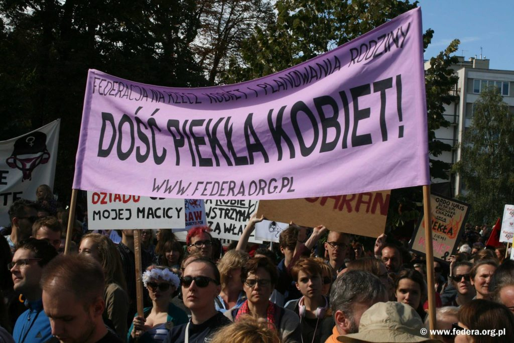 Demonstracja Ratujmy Kobiety