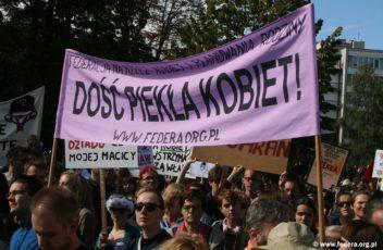 demonstracja-ratujmy-kobiety-2016_14