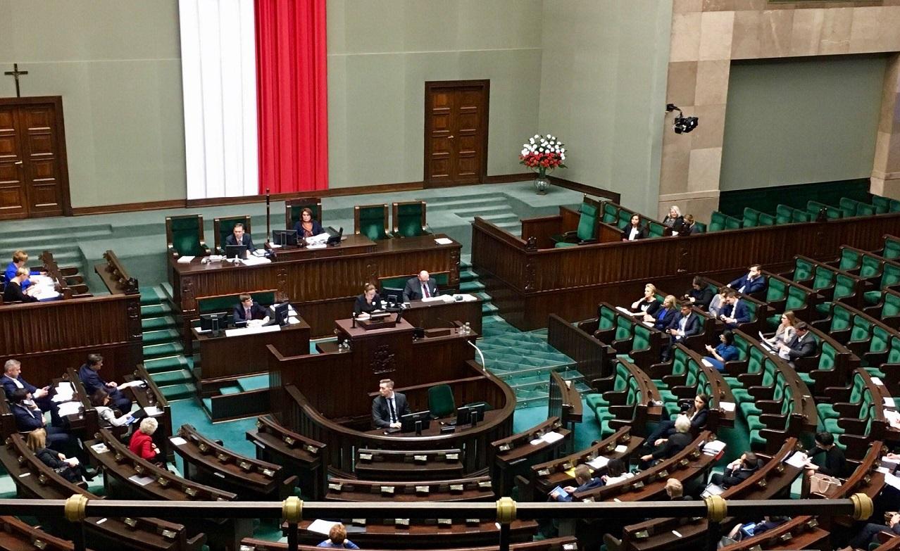 """Konferencja prasowa: """"25 lat cierpienia kobiet i zapowiedź totalnej niewoli – o nierzetelnej debacie w Sejmie i skutkach ustawy antyaborcyjnej"""""""